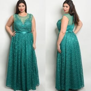 Dresses & Skirts - Plus Size Green Lace Long Formal Event Gown Dress